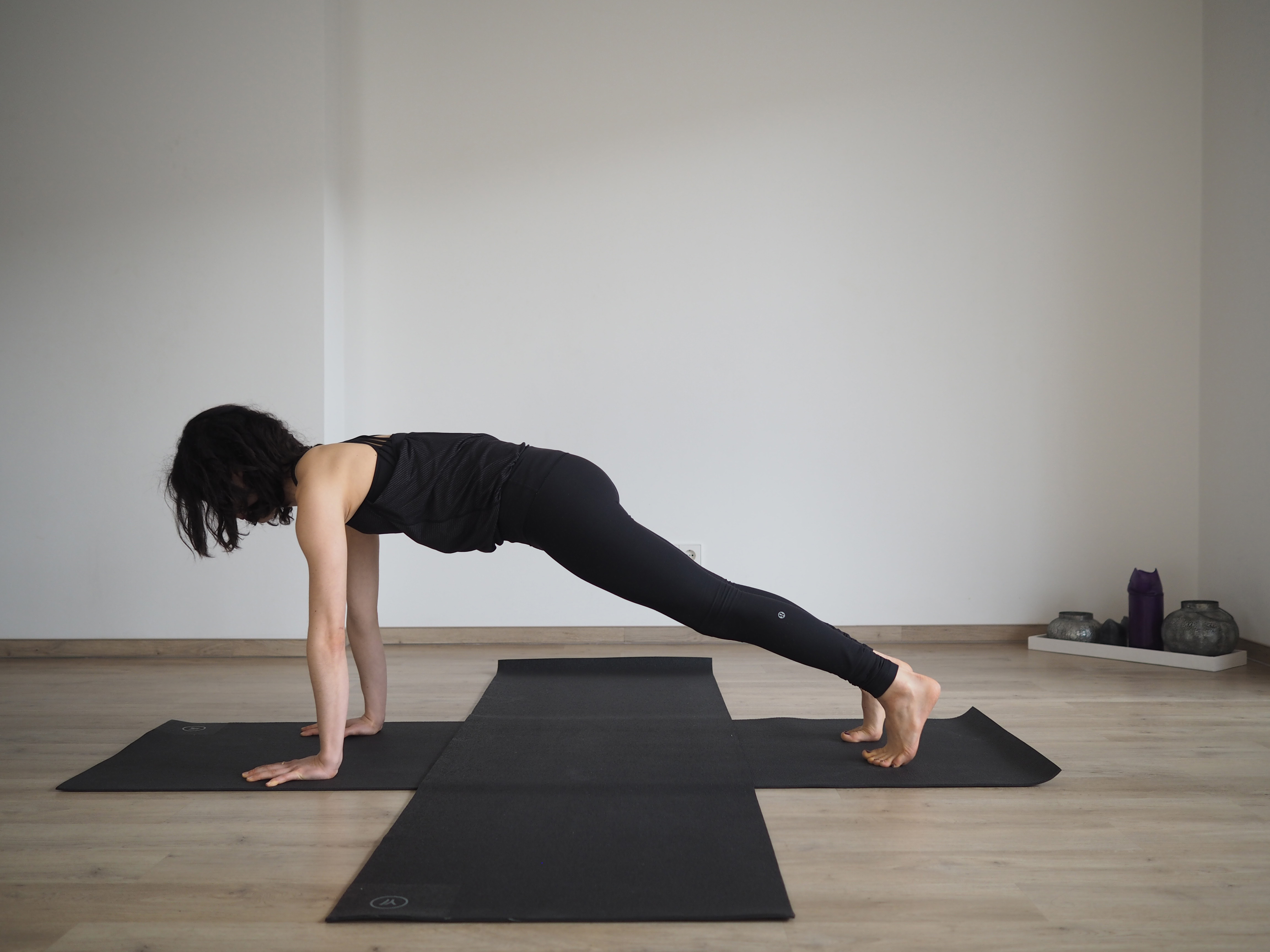 yoga bungen f r den bauch deinfitnesscoach. Black Bedroom Furniture Sets. Home Design Ideas
